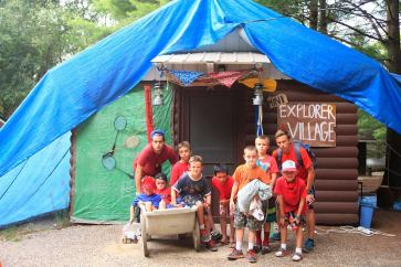 LJ's Explorer-themed Settler cabin!